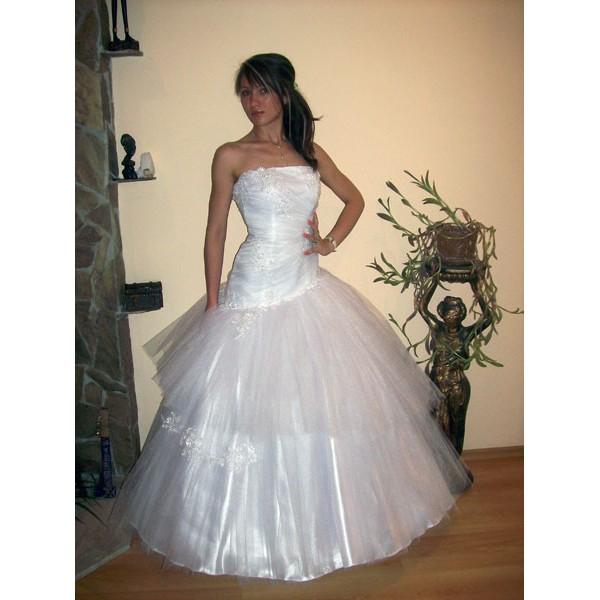 Сватбена рокля 01