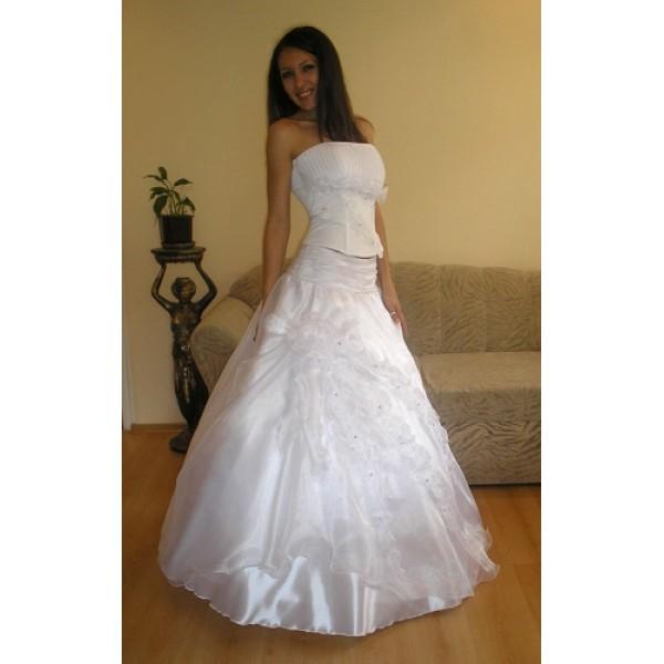 Сватбена рокля 12