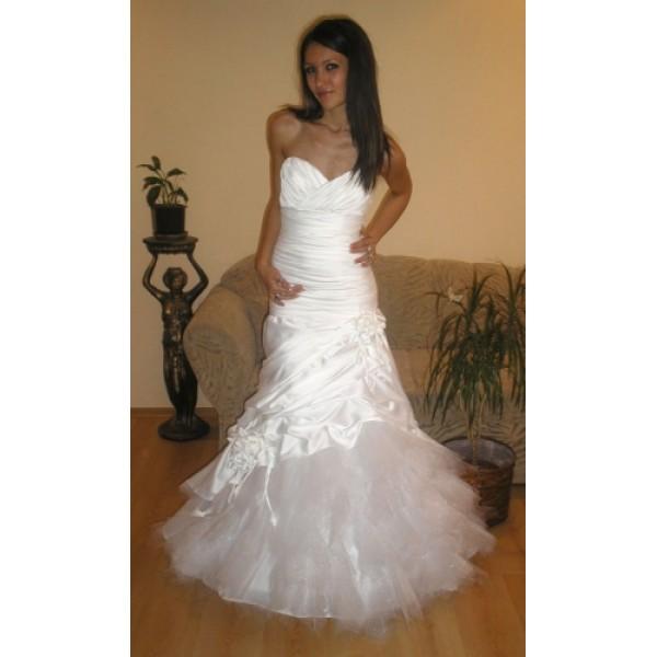 Сватбена рокля 03