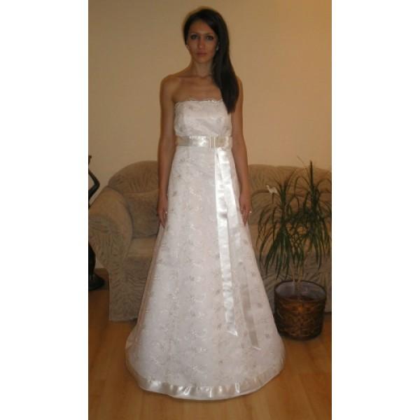 Сватбена рокля 09